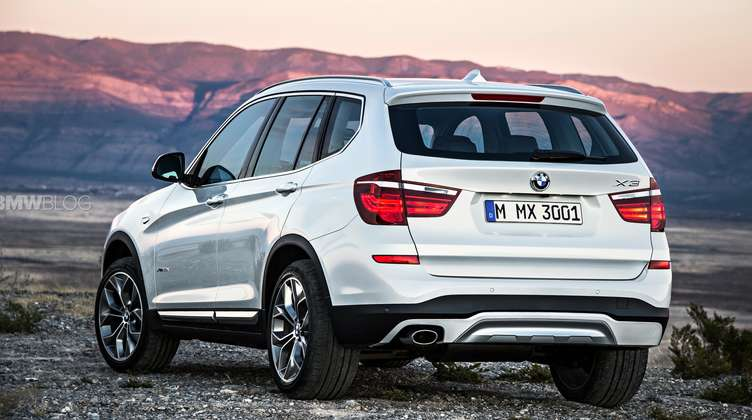 2015 BMW X3 rear view