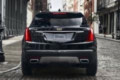 2017 Cadillac XT5 rear