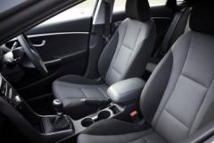 2017 Hyundai i30 interior 3