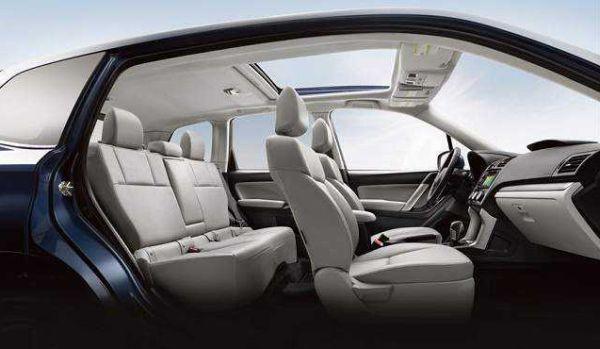 2017 Subaru Forester interior 1